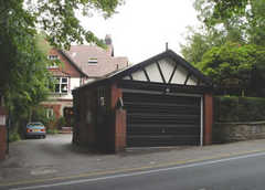 Oakfield Lodge Guest House  - B & B - 38 Arkwright Road/b6102, Stockport, ENGLAND, SK6 7, GB