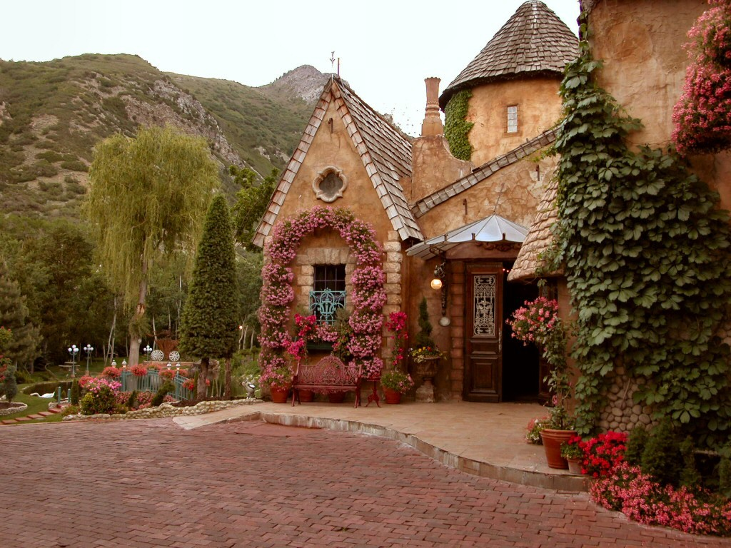 La Caille - Ceremony Sites, Reception Sites - 9565 Wasatch Blvd, Sandy, UT, United States
