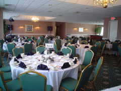Crowne Plaza Five Seasons Hotel - Reception - 350 1st Avenue East, Cedar Rapids, IA, United States