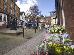Ashbourne - Places To Visit (endroits  -