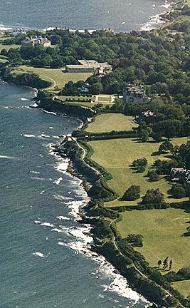 Cliff Walk - Attractions/Entertainment, Parks/Recreation - 117 Memorial Blvd, Newport, RI, USA