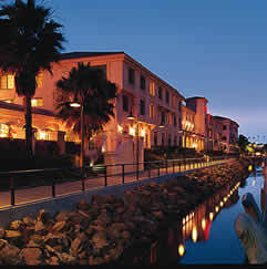 Doubletree Hotel San Pedro - Hotels/Accommodations, Reception Sites, Ceremony & Reception - 2800 Via Cabrillo Marina, San Pedro, CA, United States
