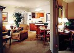 Summerfield Suites El Segundo/LAX - Hotel - 810 S Douglas St, El Segundo, CA, 90245, US