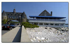 Coast Guard House - Restaurant - 40 Ocean Rd, Narragansett, RI, 02882, US