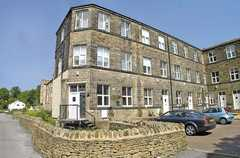 Springhead Mills - Hotel - Spring Head Road, Oakworth, Keighley, ENGLAND, BD22 7RZ, GB