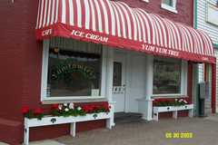 Yum Yum Tree Ice Cream Parlour - Restaurant - 140 W Main St, Brighton, MI, 48116, US