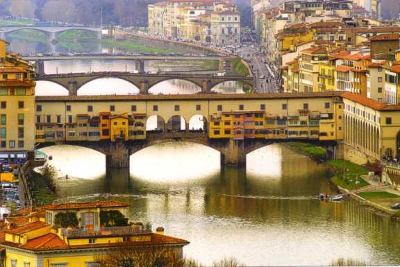 Ponte Vecchio - Attractions/Entertainment - Ponte Vecchio, Firenze, Toscane, Italy