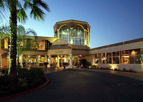 The Handlery Hotel - Reception Sites, Hotels/Accommodations, Ceremony Sites - 950 Hotel Cir N, San Diego, CA, 92108, US