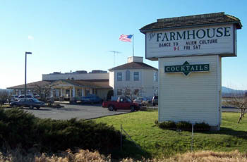 The Farmhouse Restaurant - Restaurants - 13724 Laconner Whitney Rd, Mount Vernon, WA, 98273-4716, US