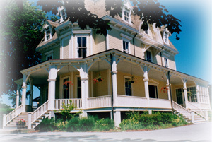 Eisenhower House - Ceremony Sites, Reception Sites - Lincoln Dr, Newport, RI, 02840