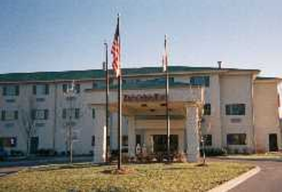 Ramada - Hotels/Accommodations - 6210 Hospitality Drive, Franklin, TN, United States
