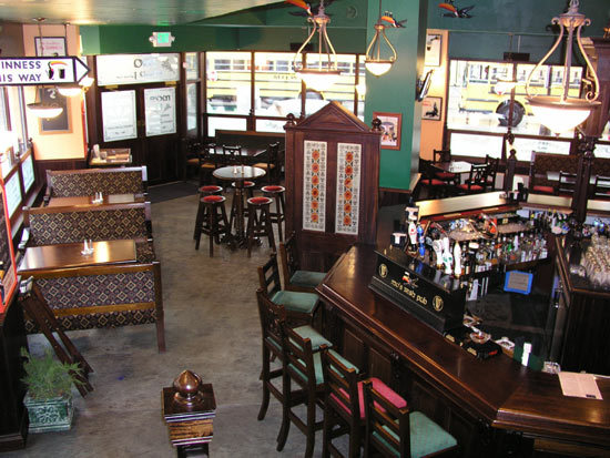Mo's Irish Pub - Restaurants, Attractions/Entertainment, Bars/Nightife, Rehearsal Lunch/Dinner - 142 W Wisconsin Ave, Milwaukee, Wisconsin, United States