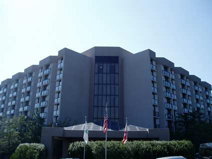 Embassy Suites - Hotels/Accommodations, Reception Sites - 2300 Woodcrest Pl, Birmingham, AL, 35209