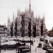 DUOMO OF MILAN - Attrazioni - Piazza Armando Diaz, Milano, Lombardia, 20122, IT