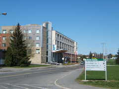 Residence & Conference Centre - Algonquin College - Hotel - 1385 Woodroffe Ave, Ottawa Division, ON, K2G 3G7