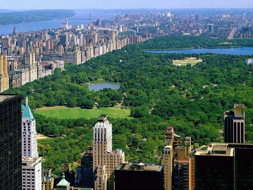 Central Park - Beaches, Restaurants, Attractions/Entertainment, Bars/Nightife - Central Park, New York, NY, USA