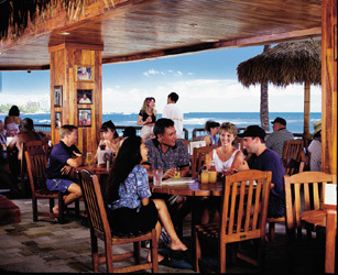 Duke's Restaurant & Barefoot - Attractions/Entertainment, Restaurants - 2335 Kalakaua Ave, Honolulu, HI, United States