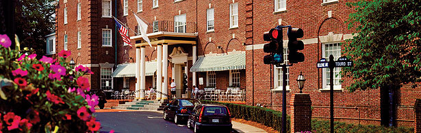 Hotel Viking - Hotels/Accommodations, Reception Sites, Restaurants - 1 Bellevue Ave, Newport, RI, USA