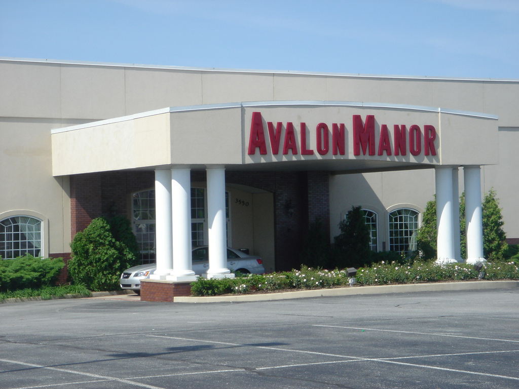 Avalon Manor Banquet Center - Reception Sites, Ceremony Sites - 3550 E Lincoln Hwy, Merrillville, IN, United States