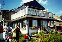 Flo's Clam Shack - Restaurants, Attractions/Entertainment - 4 Wave Ave, Middletown, RI, United States