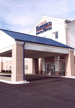 Fairfield Inn And Suites - Hotels/Accommodations - 2096 Bricher Road, St Charles, IL, United States