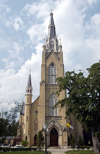 Basilica Of The Sacred Heart - Ceremony Sites - Juniper and Douglas sts, Notre Dame, IN, United States