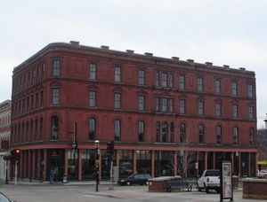 Bricktown Brewery - Attractions/Entertainment, Restaurants, Reception Sites - 299 Main St, Dubuque, IA, 52001