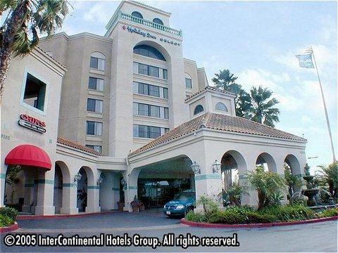 Holiday Inn Select (miramar) - Hotels/Accommodations - 9335 Kearny Mesa Rd, San Diego, CA, 92126, US