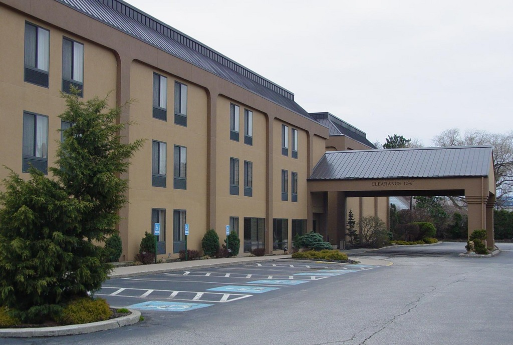 Comfort Inn - Erie - Hotels/Accommodations - 3041 W 12th St, Erie, PA, 16505