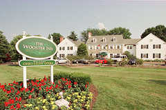 Wooster Inn - Hotel - 801 E Wayne Ave, Wooster, OH, USA