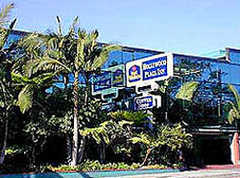 Best Western Hollywood Plaza Inn - Hotel - 2011 N Highland Ave, Hollywood, CA, United States