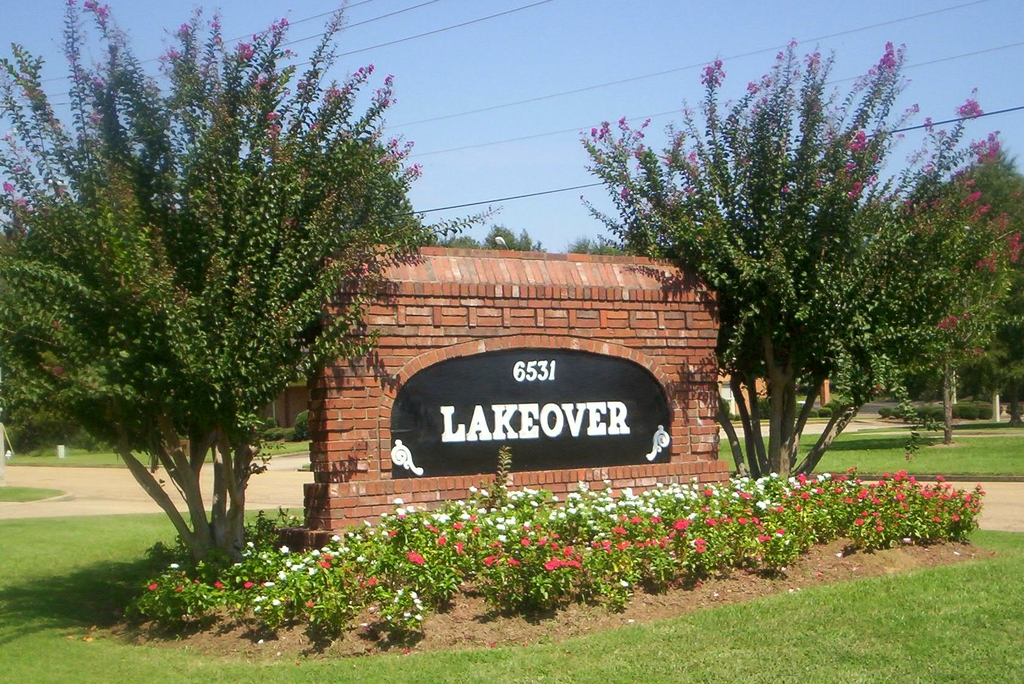 Lakeover Center - Reception Sites - 6531 Dogwood View Pkwy, Jackson, MS, 39213