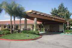 Radisson Hotel Dublin-Pleasanton - Reception - 6680 Regional St, Dublin, CA, United States