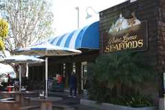 Point Loma Seafoods - Restaurant - 2805 Emerson St, San Diego, CA, United States