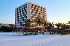Palm Bay Club of Sarasota - Hotel - 5960 Midnight Pass Rd, Sarasota, FL, 34242