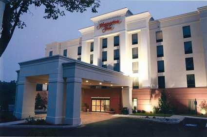 Hampton Inn Warrington / Doylestown - Hotels/Accommodations - 1570 Easton road, Warrington, PA, United States