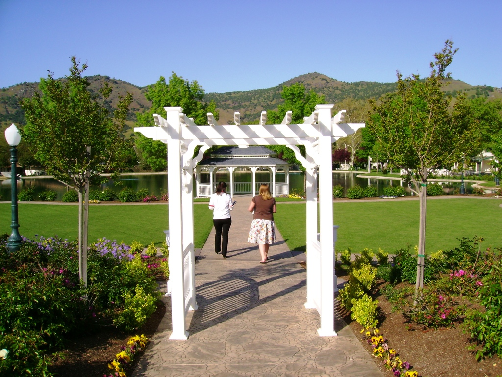 Wonder Valley Ranch And Resort - Ceremony Sites - 6450 Elwood Rd, Sanger, CA, 93657