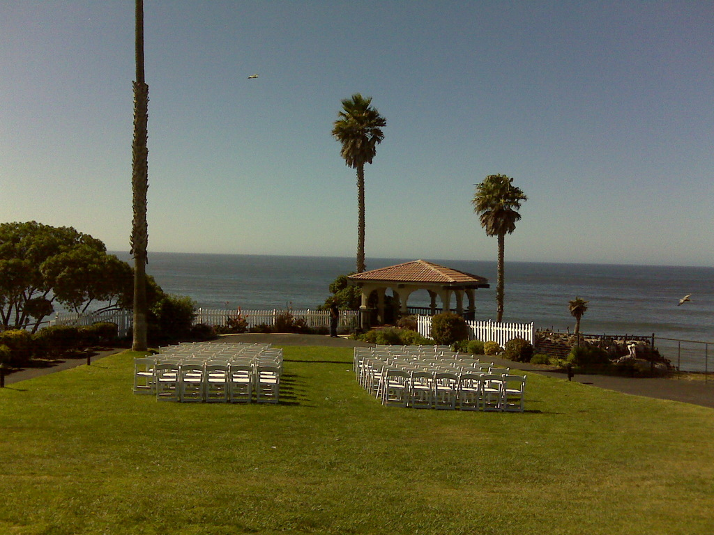 Best Western Shore Cliff Lodge - Reception Sites, Ceremony Sites, Hotels/Accommodations - 2555 Price St, Pismo Beach, CA, 93449