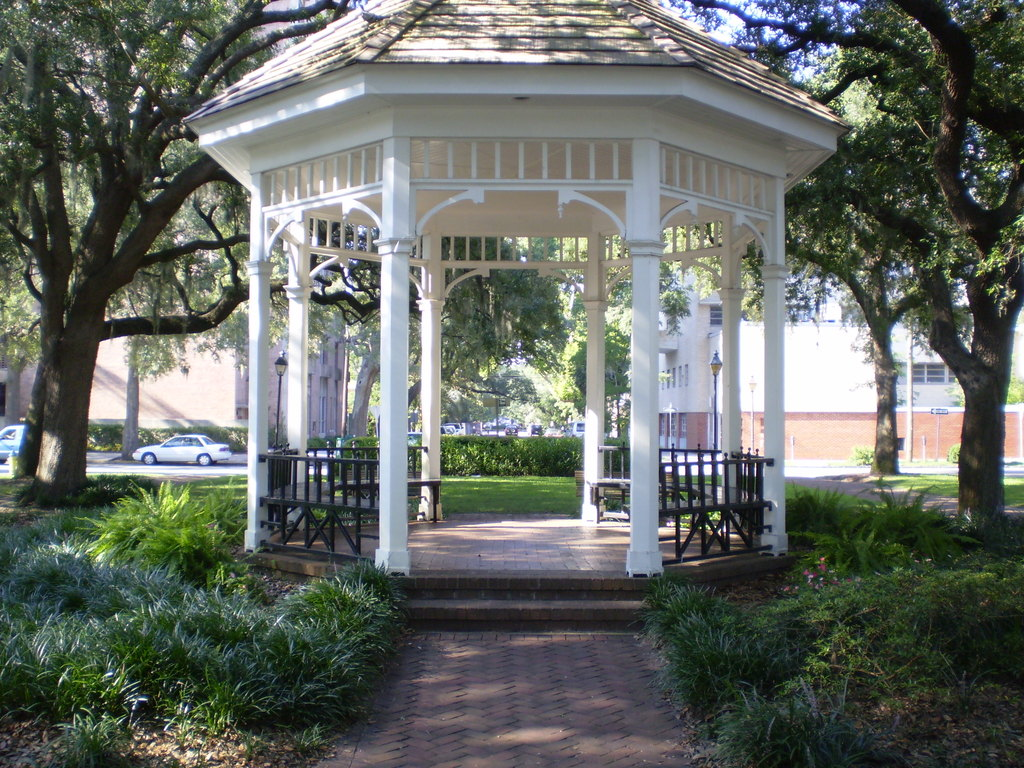 Whitefield Square - Ceremony Sites - Habersham St, Savannah, GA, 31401, US