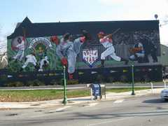 Philadelphia Mural Arts Tour - Attractions - 1 N Independence Mall W