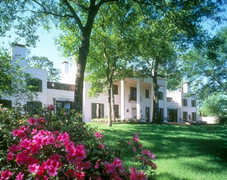 Bayou Bend Museum and Gardens - Attraction - 1 Westcott St, Houston, TX, 77007