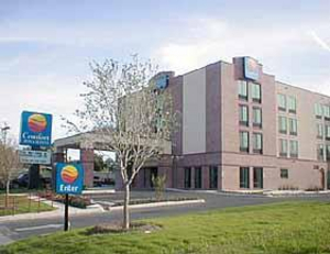 Comfort Inn & Suites Airport San Antonio - Hotels/Accommodations - 8640 Crownhill Blvd., San Antonio, TX, United States