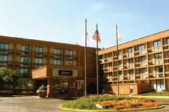 Radisson Hotel Schaumburg - Hotel & Reception - 1725 East Algonquin Road, Schaumburg, Illinois, 60173, USA