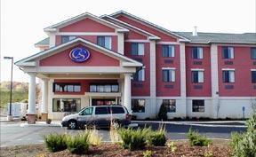 Comfort Suites Inn - Hotels/Accommodations - 2715 Creekside Drive, Twinsburg, OH, United States