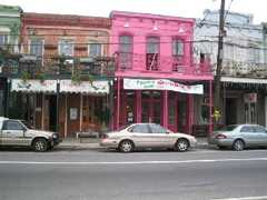 St. Charles Streetcar - Shopping - St Charles Rd, New Orleans, LA, 70126, US