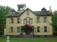 Lindenwald (Martin Van Buren National Historic Site) - Attraction - 1013 Old Post Rd, Kinderhook, NY, 12106