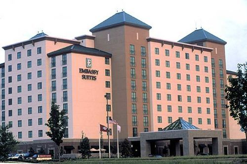 Embassy Suites Little Rock - Hotels/Accommodations - 11301 Financial Centre Parkway, Little Rock, AR, United States