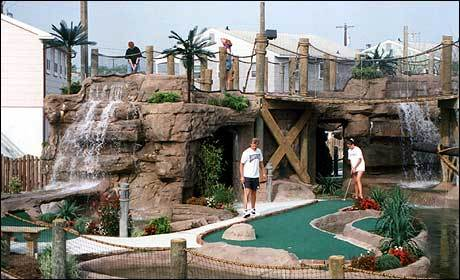 Pirate Island Miniature Golf - Golf Courses - 2738 Dune Dr, Avalon, NJ, 08202, United States
