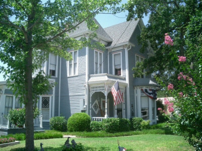 Manor Of Time Bed & Breakfast - Hotels/Accommodations - 121 W Bluff St, Granbury, TX, United States