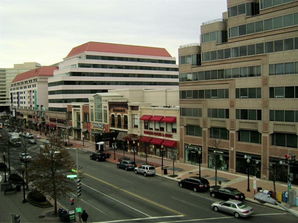 Friendship Heights - Restaurants, Shopping - Washington, DC, United States